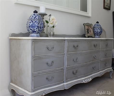 chalk paint grey ideas lilyfield chalk paint doesn t always need distressing