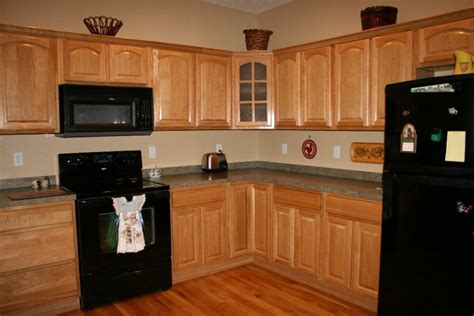 ideas for paint colors for kitchen cabinets kitchen paint color ideas with oak cabinets oak kitchen