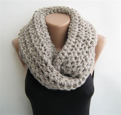 infinity scarf crochet infinity scarf oat meal chunky circle by sascarves