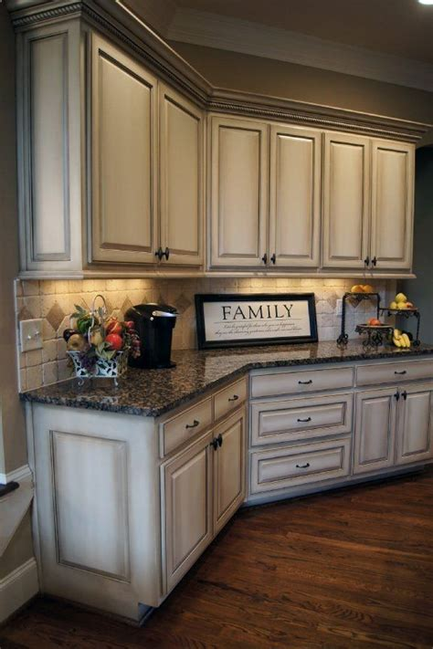 antique looking kitchen cabinets how to paint antique white kitchen cabinets step by step