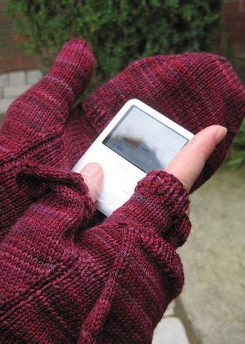 knitting to stay sane 1000 ideas about texting gloves on crochet