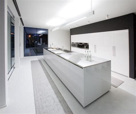 modern kitchen design photos 25 modern small kitchen design ideas