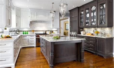 two colour kitchen cabinets 20 kitchens with stylish two tone cabinets