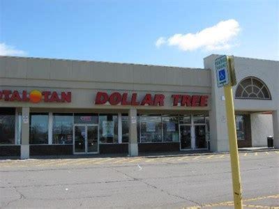 tree shop niagara falls blvd dollar tree tops plaza amherst ny dollar stores on