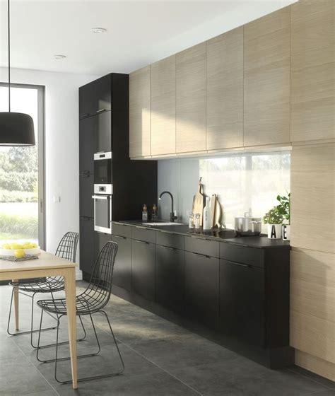 les 25 meilleures id 233 es concernant carrelage noir sur zellige cuisine noir et blanc