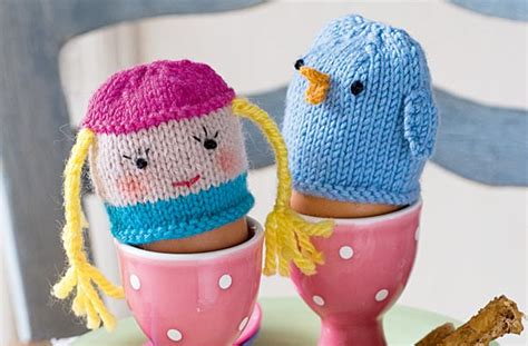 knitting pattern for chicken egg cosy egg cosy knitting pattern goodtoknow