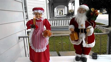animated mr and mrs claus animated santa and mrs claus 2014