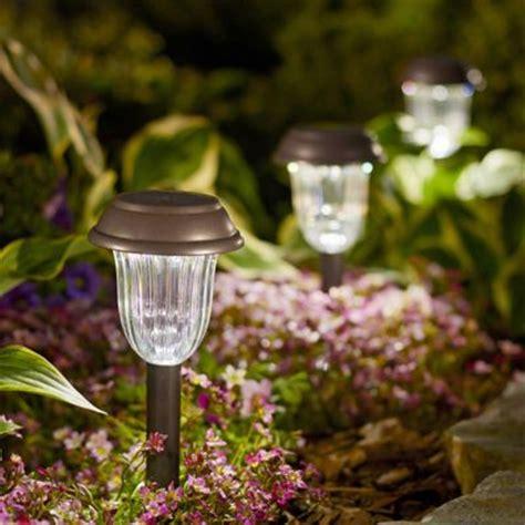 bright solar landscape lights shop landscape lighting at lowes