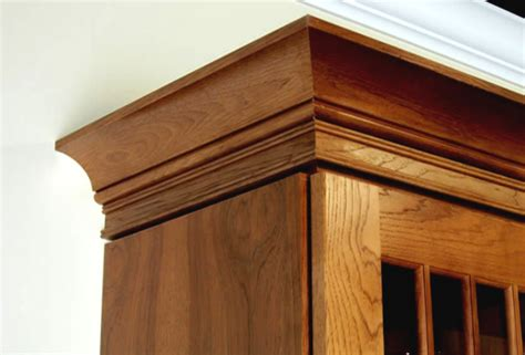 crown molding kitchen cabinets adding crown molding to oak kitchen cabinets wooden home