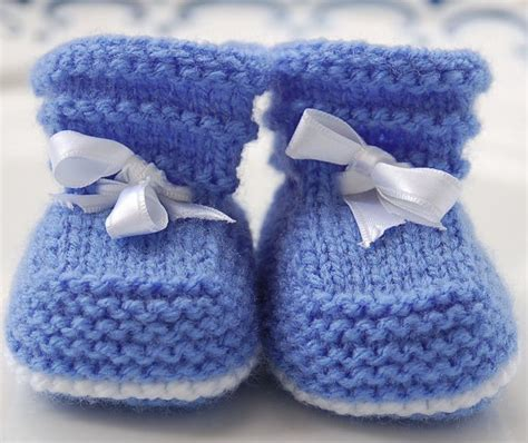 free knitting patterns for baby socks on two needles 25 unique knit baby booties ideas on knitted