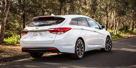 Hyundai V by Medium Wagon Comparison Hyundai I40 V Mazda 6 V