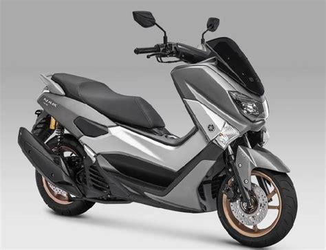 Pcx 2018 Vs Nmax 2018 by Prediksi Persaingan Yamaha Nmax Dan All New Honda Pcx Di