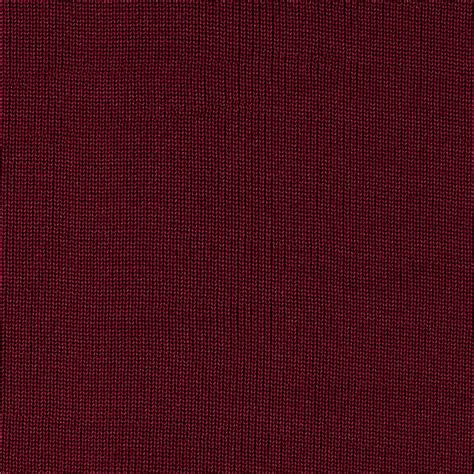 maroon knit object moved