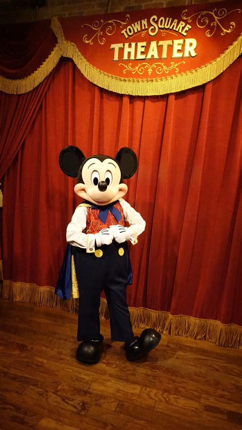 magic kingdom mickey mickey mouse updated his look at the magic kingdom