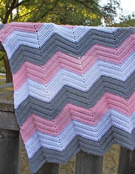 chevron knitted baby blanket pattern 25 unique chevron blanket ideas on chevron