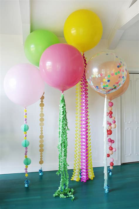 balloon decorations festive diy balloon tails clever and crafty balloon