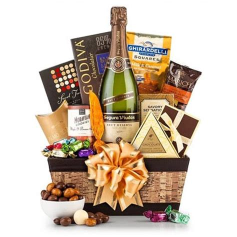 gift baskets usa chagne and chocolate pairing gift basket in usa gift
