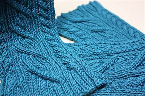 reversible cable scarf knitting pattern knitting pattern deliah scarf reversible cable winter