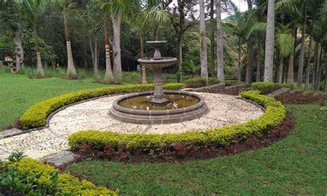 modelos de fuentes para jardin como hacer una fuente de piedra ideas modelos agua para