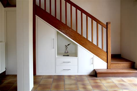 placard sous escalier sur mesure nantes vannes lorient meuble sous escalier