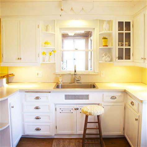 kitchen yellow walls white cabinets image yellow kitchen walls with white cabinets