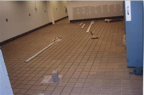 restaurant kitchen flooring restaurant kitchen floor flooring contractor talk