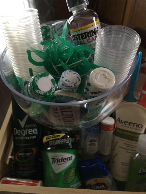 wedding bathroom basket ideas 1000 ideas about wedding bathroom baskets on