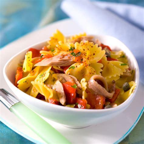 salade de p 226 tes au poivron et au thon facile et pas cher recette sur cuisine actuelle