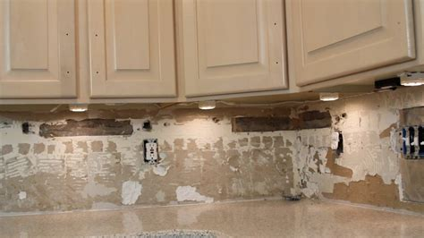 Kitchen Under Cabinet Led Lighting Kits how to install under cabinet lighting video withheart