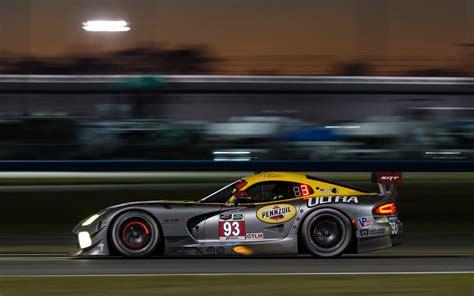 Viper Car Wallpaper by Dodge Viper Srt 10 Race Car Wallpaper 1920x1200 247945
