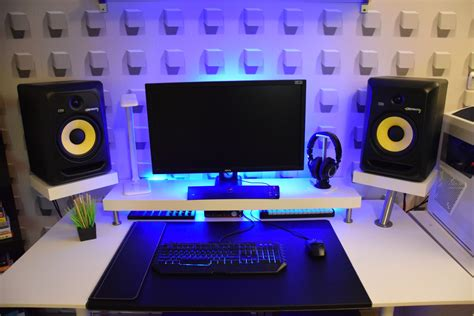 studio desk build 334 minimalist bedroom studio desk guide pro