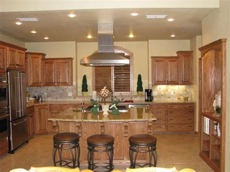 paint colors for kitchens with oak cabinets looking for paint colors to go with my honey oak