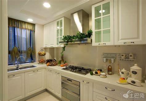kosher kitchen design european kitchen 厨房台面颜色风水大全 土巴兔装修大学