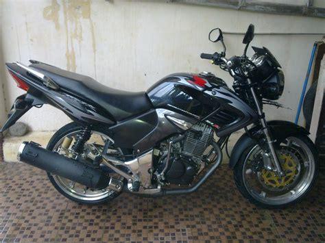 Modifikasi Motor Tiger by Modifikasi Motor Honda Tiger 2008 Revo Velg 17