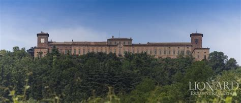 castles for sale in big empty italian castles for sale
