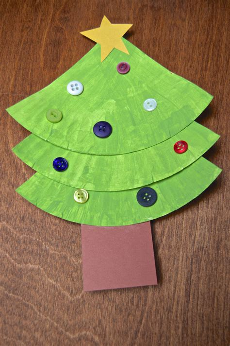 childrens paper crafts paper plate crafts tree and wreath