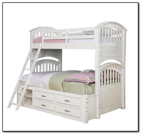 bunk bed bedding for bunk bed bedding huggers beds home design ideas