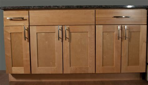 maple shaker kitchen cabinets kitchen cabinets shaker style maple search for