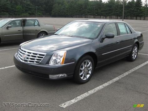 Cadillac 2011 Dts by 2011 Cadillac Dts Pictures Information And Specs Auto