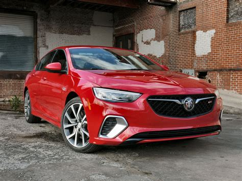 2018 Buick Regal Gs by 2018 Buick Regal Gs Review And Drive Autoguide