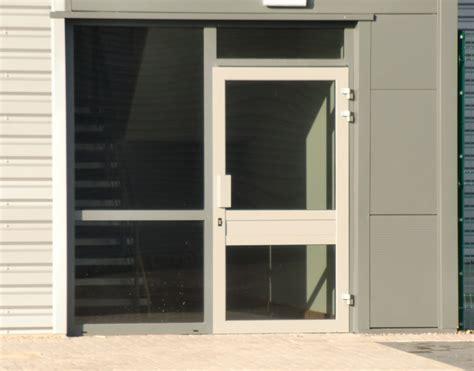 aluminium shop front doors aluminium shop front door industriesdoor industries