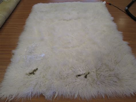 cleaning rugs how to clean a flokati rug roselawnlutheran