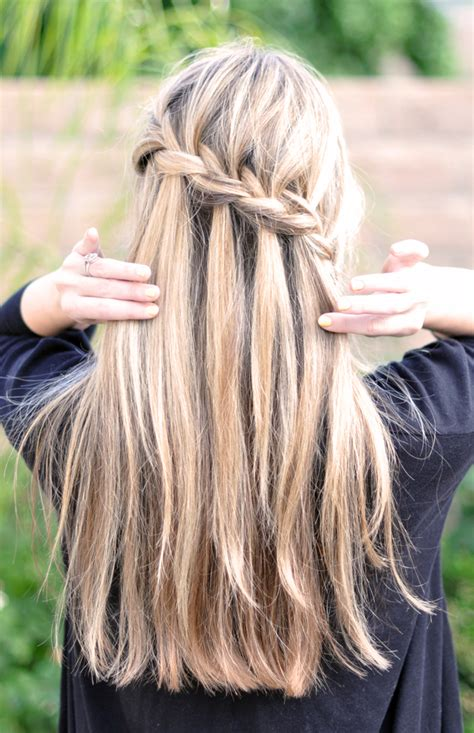 braid with in hair how to the waterfall braid talktomyshoes