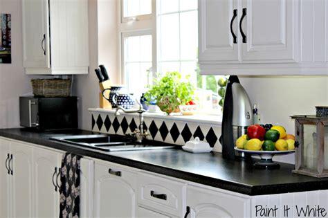 chalk paint kitchen cabinets white update builder grade kitchen cabinets plate rack cabinet