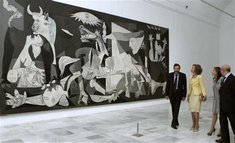 picasso paintings in reina sofia el guernica de picasso museo reina sofia