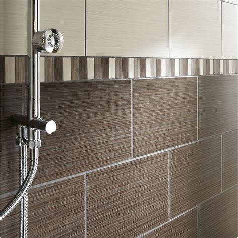 indogate modele faience salle de bain noir et blanc