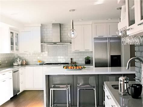 kitchen backsplash with cabinets white kitchen cabinets with backsplash home design ideas