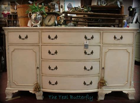 chalk paint vs howard chalk paint 17 best images about howard chalk paint on