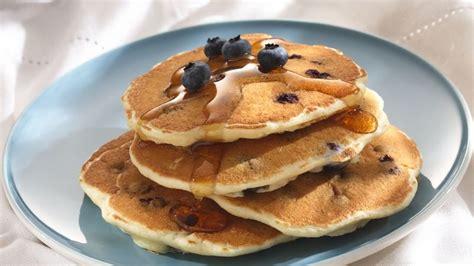 recipe blueberry pancakes blueberry pancakes cooking for 2 recipe bettycrocker