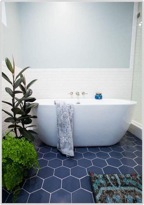 Bathroom Tiles Blue And White by Blue And White Bathroom Floor Tiles Tiles Home Design Ideas